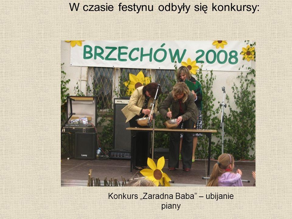 Konkurs Zaradna Baba – ubijanie piany W czasie festynu odbyły się konkursy: