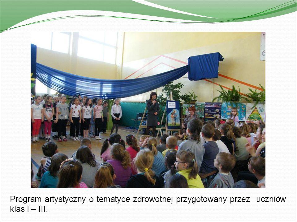 Rozgrywki sportowe klas IV – VI pod kierunkiem nauczycieli wychowania fizycznego.