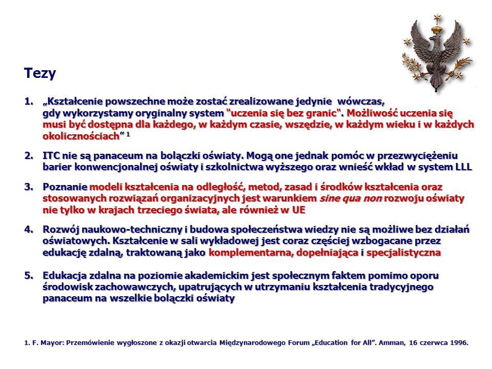 Cechy pozytywne e-kształcenia: Treści w Internecie są polisensoryczne i multimedialne Treści w Internecie są polisensoryczne i multimedialne Użytkownik ma możliwość wyboru i decyzji co do typu usługi, zakresu poszukiwań, czasu korzystania i treści, do których dociera, które przetwarza, zapisuje, czy przesyła (subiektywne poczucie sprawstwa) Użytkownik ma możliwość wyboru i decyzji co do typu usługi, zakresu poszukiwań, czasu korzystania i treści, do których dociera, które przetwarza, zapisuje, czy przesyła (subiektywne poczucie sprawstwa) Komputer pozwala na modelowanie i symulowanie zjawisk i procesów w sposób niedostępny tradycyjnym środkom dydaktycznym.