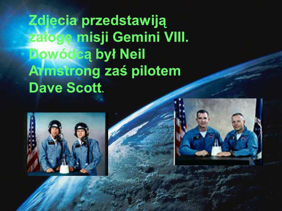 Załoga pierwszej misji księżycowej.Od lewej: Neil A.