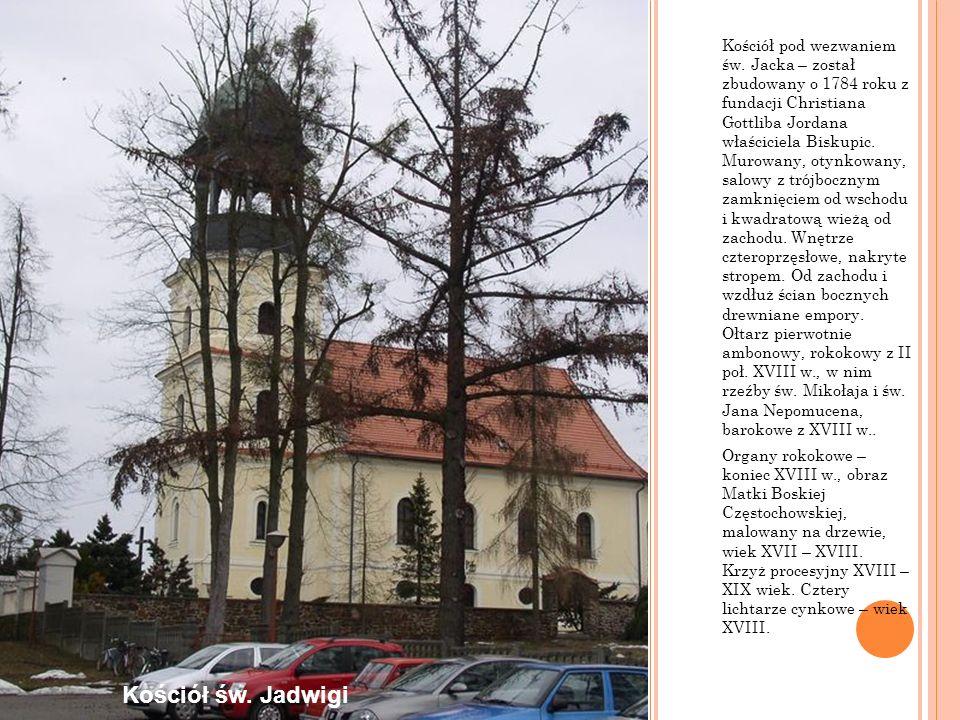 Kościół pod wezwaniem św. Jacka – został zbudowany o 1784 roku z fundacji Christiana Gottliba Jordana właściciela Biskupic. Murowany, otynkowany, salo