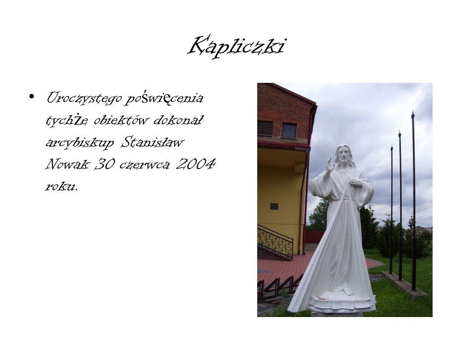 Patronka ko ś cioła Ś wi ę ta Katarzyna Aleksandryjska Jej ołtarz powstał w nawie bocznej w latach 1995-97 kiedy proboszczem został Ks.