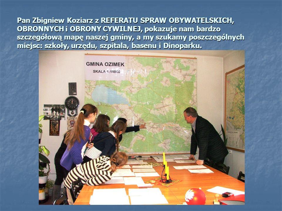 Sympatyczna pani urzędniczka dokładnie poinformowała nas, ilu mieszkańców liczy gmina Ozimek. Według stanu na 31.12.2009r. jest to 20 226 osób, z czeg