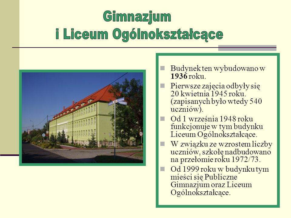 Publiczna Szkoła Podstawowa nr 3 w Gogolinie Karłubcu jest drugą szkołą podstawową w naszej miejscowości. Przy PSP nr 3 znajduje się pełnowymiarowa Ha