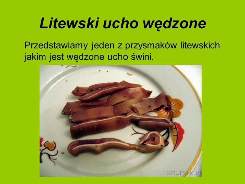 ,,Ucha,,Ucha to tzw.Zupa rybna. Jest to bardzo powszechna potrawa w kuchni rosyjskiej.