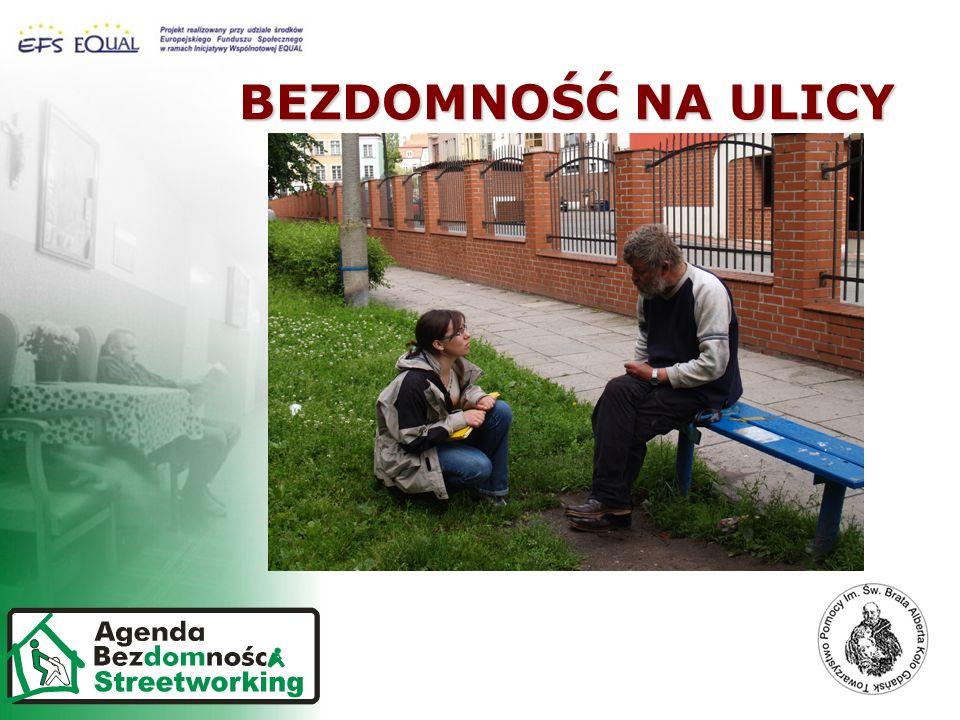 Z OSOBĄ BEZDOMNĄ W OPARCIU O INDYWIDUALNY KONTAKT STREETWORKING JEST PROWADZONY W OPARCIU O METODOLOGIĘ PRACY STREETWORKERA WYPRACOWANĄ PRZEZ Pomorskie Forum na rzecz Wychodzenia z Bezdomności Z OSOBĄ BEZDOMNĄ W OPARCIU O INDYWIDUALNY KONTAKT