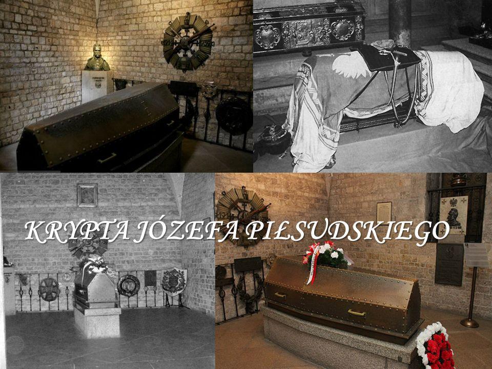 KRYPTA PIŁSUDSKIEGO – DLA WIELU BARDZO WAŻNA W romańskiej wieży spoczywa marszałek Józef Piłsudski, przeniesiony tutaj z krypty św.