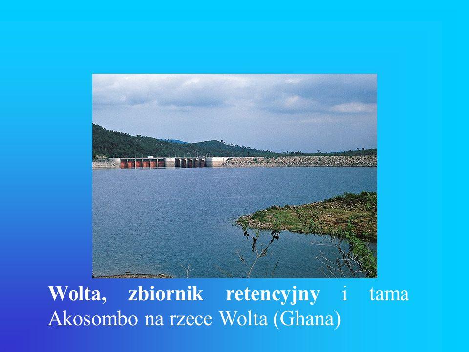 Wolta, zbiornik retencyjny i tama Akosombo na rzece Wolta (Ghana)