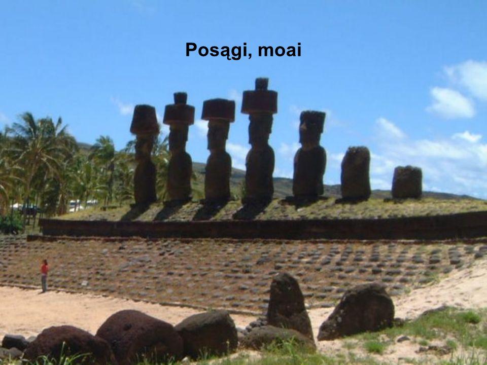 Posągi, moai