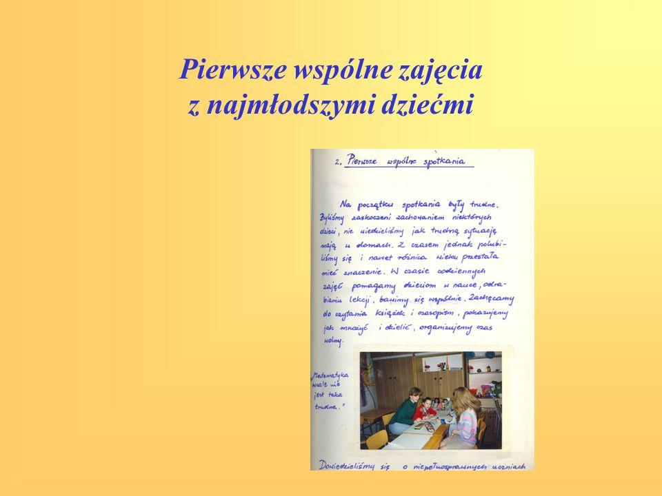 Akcje charytatywne organizowane przez uczniów działających w programie Uśmiech Dziecka -Książka dla chleba; - Pomóżcie nam ich leczyć, - uczestnictwo w akcji Pola Nadziei.