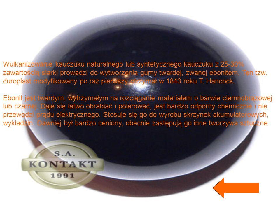 Dyskietkę (z angielskiego: floppy disc, flexy disc, w informatyce - dysk elastyczny), jako pamięć pomocniczą komputera w postaci tarczy obrotowej, pok