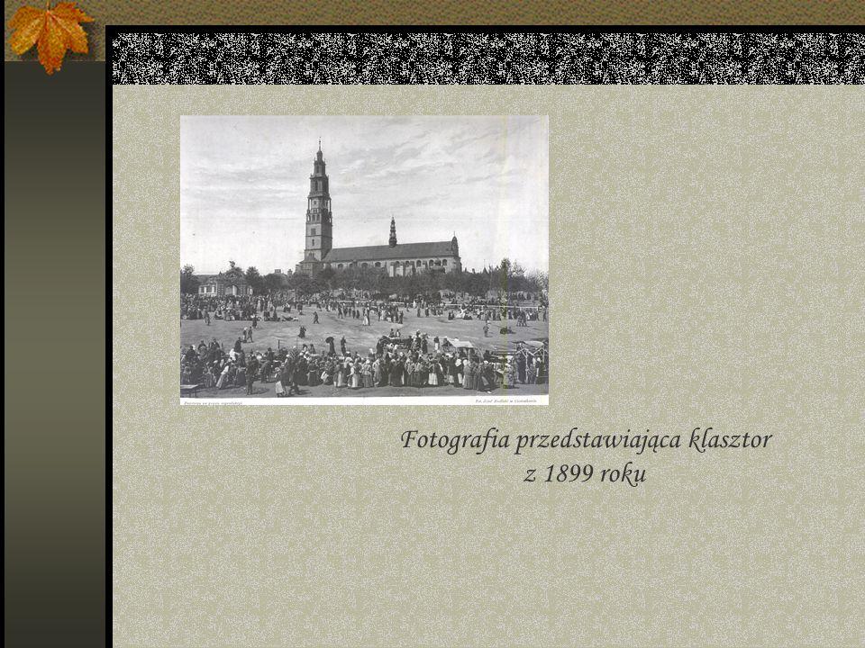 Kościół (bazylika) Wniebowzięcia NMP i Znalezienia Krzyża Świętego istniał jako mały kościół już pod koniec XIV w.