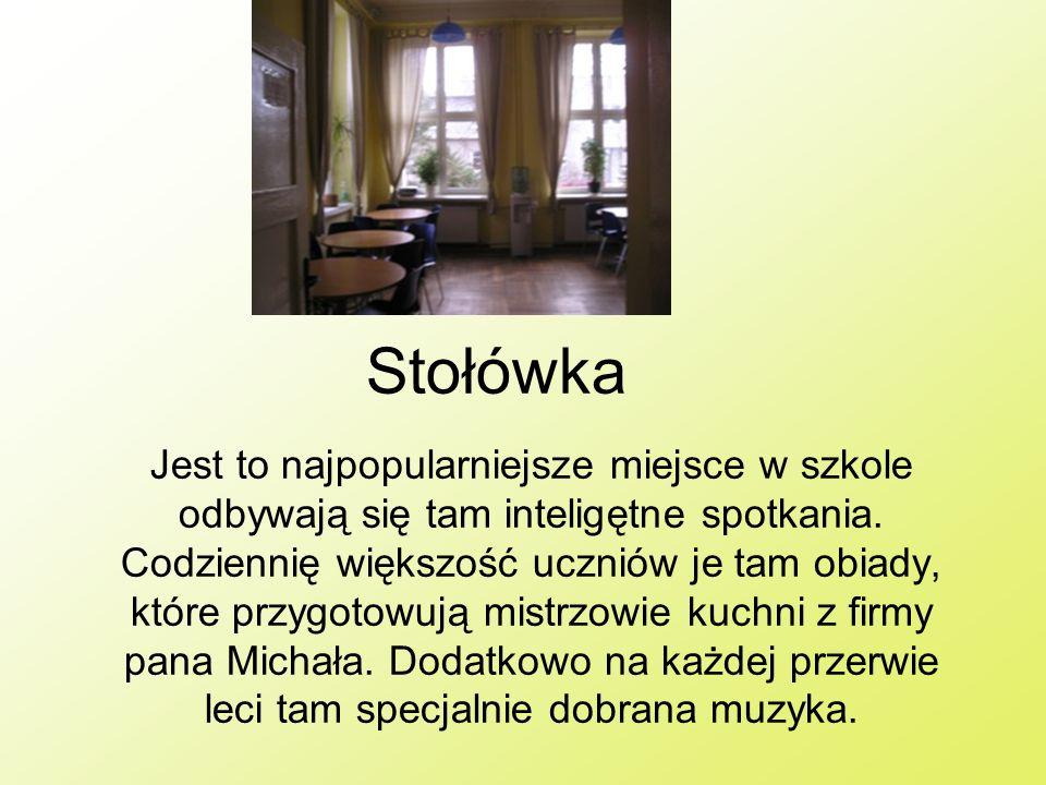 Sale językowe W całej szkole jest pięć sal językowych.