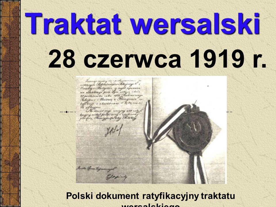CHWAŁA ZWYCIĘZCOM Naczelnik Państwa Józef Piłsudski odbiera defiladę Wojsk Wielkopolskich w czasie uroczystego zjednoczenia sił zbrojnych byłego zaboru pruskiego z Wojskiem Polskim w dniu 27 grudnia 1919 r.