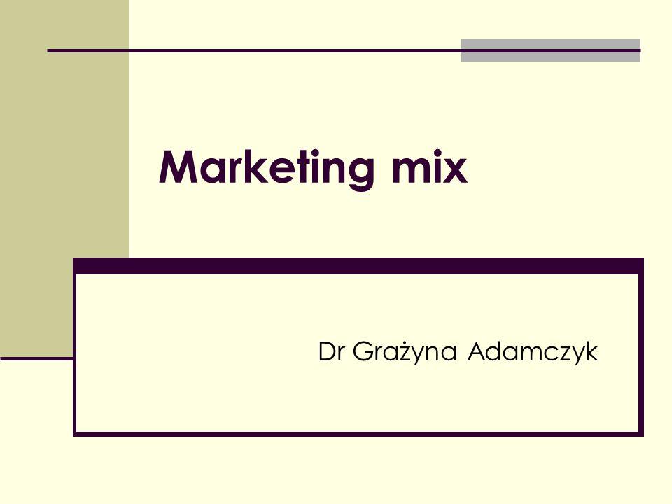 Marketing mix Zbiór dających się sterować taktycznych instrumentów marketingowych – produkt, cena, dystrybucja i promocja – których kompozycję firma ustala w taki sposób, aby wywołać pożądaną reakcję na rynku docelowym.