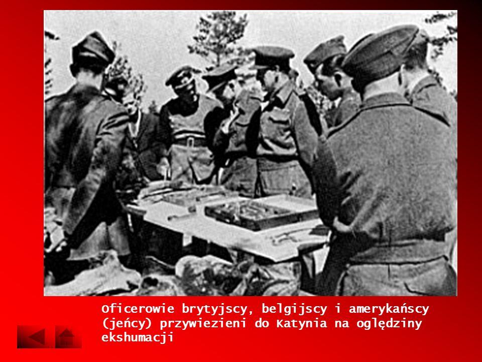 Oficerowie brytyjscy, belgijscy i amerykańscy (jeńcy) przywiezieni do Katynia na oględziny ekshumacji
