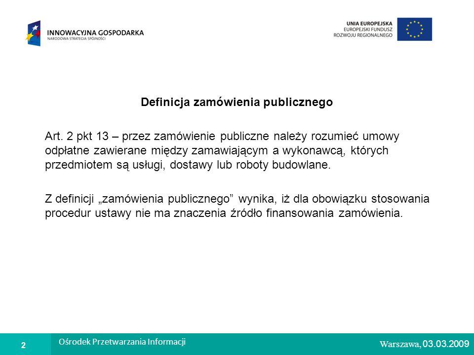 1 Warszawa, 26.02.2009 Środki ochrony prawnej Ograniczone prawo do wnoszenia środków ochrony prawnej w postępowaniach o wartości poniżej progów unijnych (w odniesieniu do robót budowlanych próg ten wynosi 5 150 000 euro) do czynności dotyczących: – nieprawidłowego wyboru trybu negocjacji bez ogłoszenia, wolnej ręki, zapytania o cenę; – opisu sposobu oceny spełniania warunków udziału w postępowaniu; – wykluczenia wykonawcy z postępowania o udzielenie zamówienia; – odrzucenia oferty.