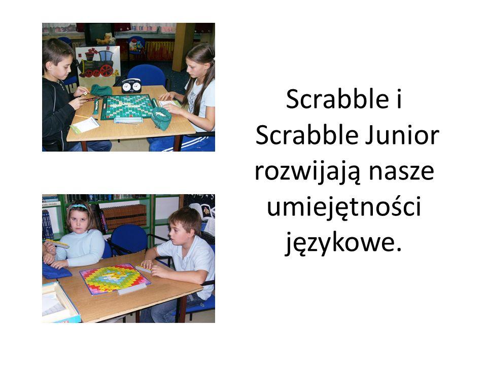 Scrabble i Scrabble Junior rozwijają nasze umiejętności językowe.