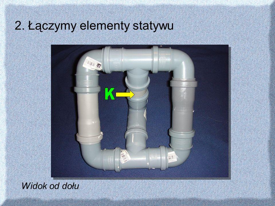 2. Łączymy elementy statywu Widok od dołu