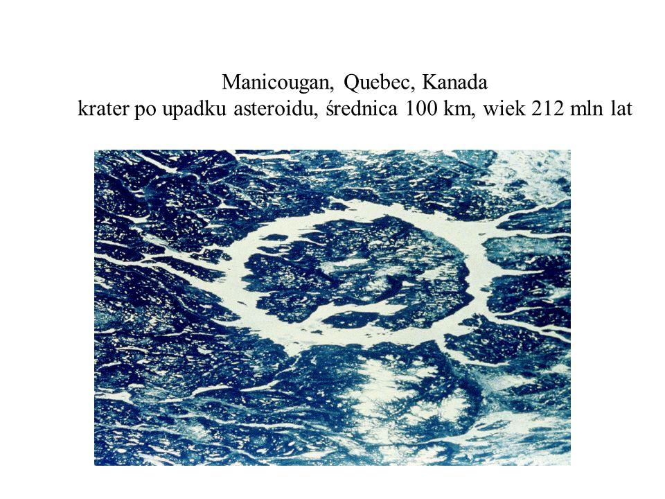 Manicougan, Quebec, Kanada krater po upadku asteroidu, średnica 100 km, wiek 212 mln lat