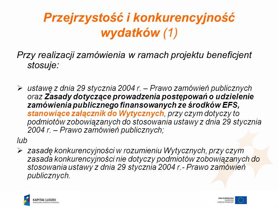Koszty pośrednie rozliczane ryczałtem (1) Wynik uzgodnień z Komisją Europejską Doprecyzowano katalog kosztów pośrednich (katalog zamknięty) Wprowadzono stałe ryczałty procentowe i jednocześnie zrezygnowano z konieczności sporządzania metodologii Dwuetapowy sposób wyliczania ryczałtu: I) ustalenie całkowitej wartości projektu; II) ustalenie właściwego % kosztów pośrednich rozliczanych ryczałtem W sytuacji zlecania przez Beneficjenta realizacji zadań merytorycznych na zewnątrz, podstawa wyliczenia limitu kosztów pośrednich rozliczanych ryczałtem ulega pomniejszeniu o wartość ww.