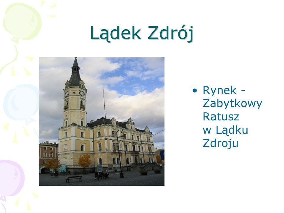 Lądek Zdrój Rynek - Zabytkowy Ratusz w Lądku Zdroju