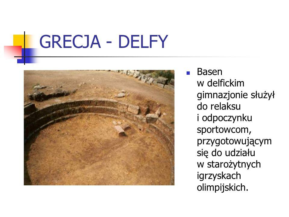 GRECJA - DELFY Basen w delfickim gimnazjonie służył do relaksu i odpoczynku sportowcom, przygotowującym się do udziału w starożytnych igrzyskach olimp
