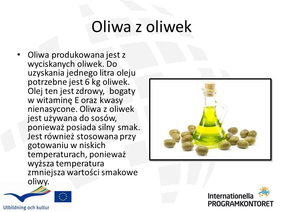 Olej rzepakowy Olej rzepakowy (canola) jest olejem jadalnym, który jest wyciskany z nasion rzepaku i produkowany poprzez tłoczenie na zimno i na gorąco.