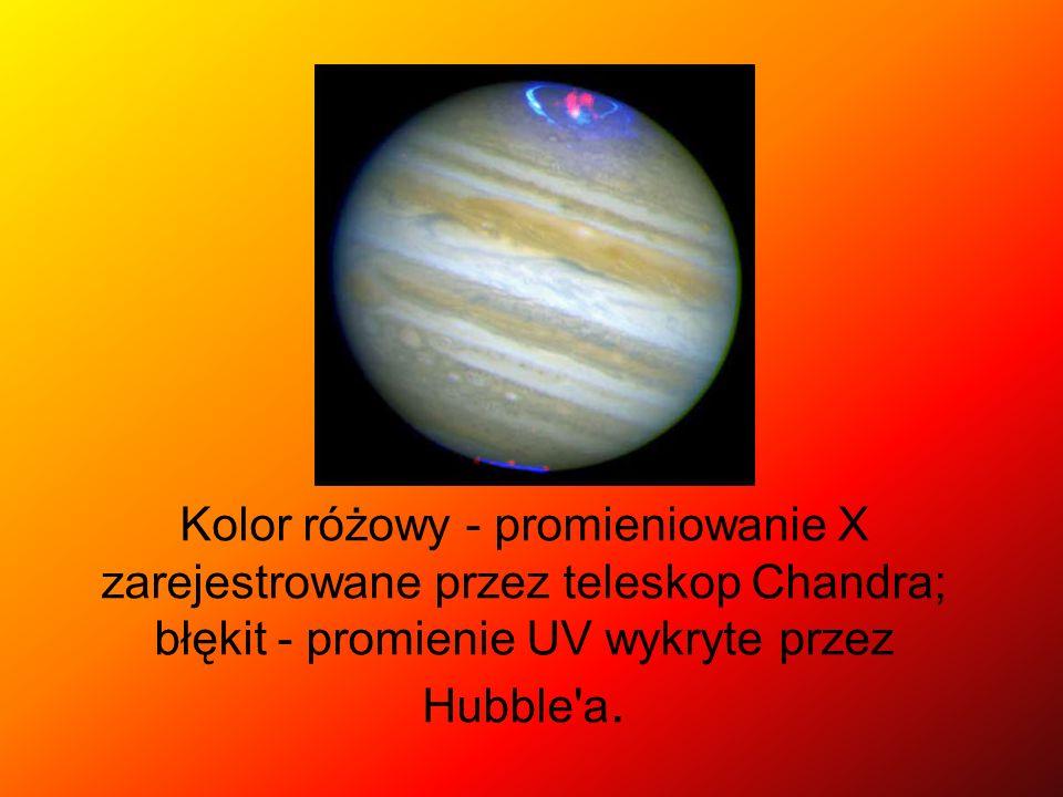 Kolor różowy - promieniowanie X zarejestrowane przez teleskop Chandra; błękit - promienie UV wykryte przez Hubble'a.
