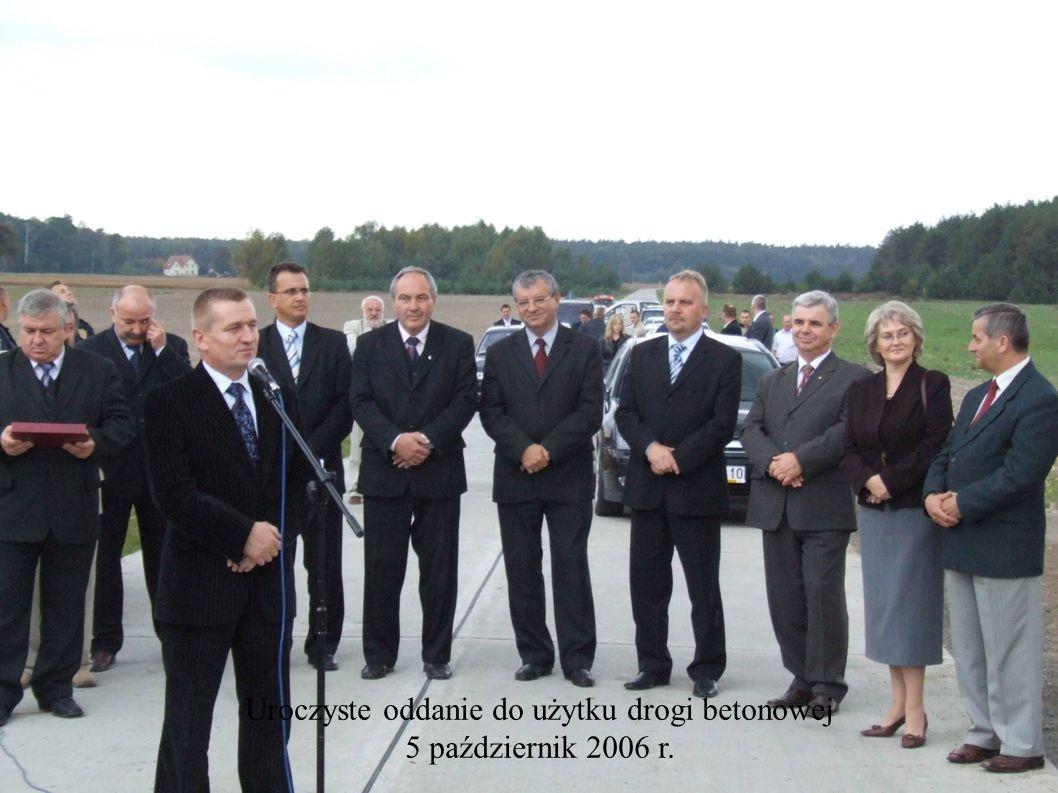 Uroczyste oddanie do użytku drogi betonowej 5 październik 2006 r.