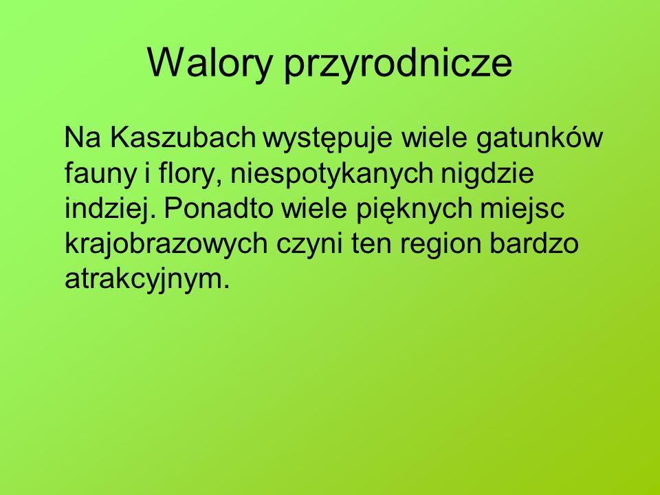 Kaszubski Park Krajobrazowy Powierzchnia KPK wynosi 33 202 ha, z czego większość zajmują użytki rolne 16 712 ha (50,3%), następnie lasy 11 230 ha (33,8%) oraz wody 3 430 ha (10,3%).