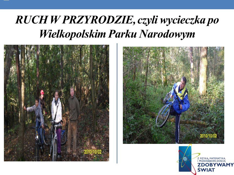 Młodzież na przystanku Pańska Góra. Jest to legendarne miejsce dla Stęszewa.
