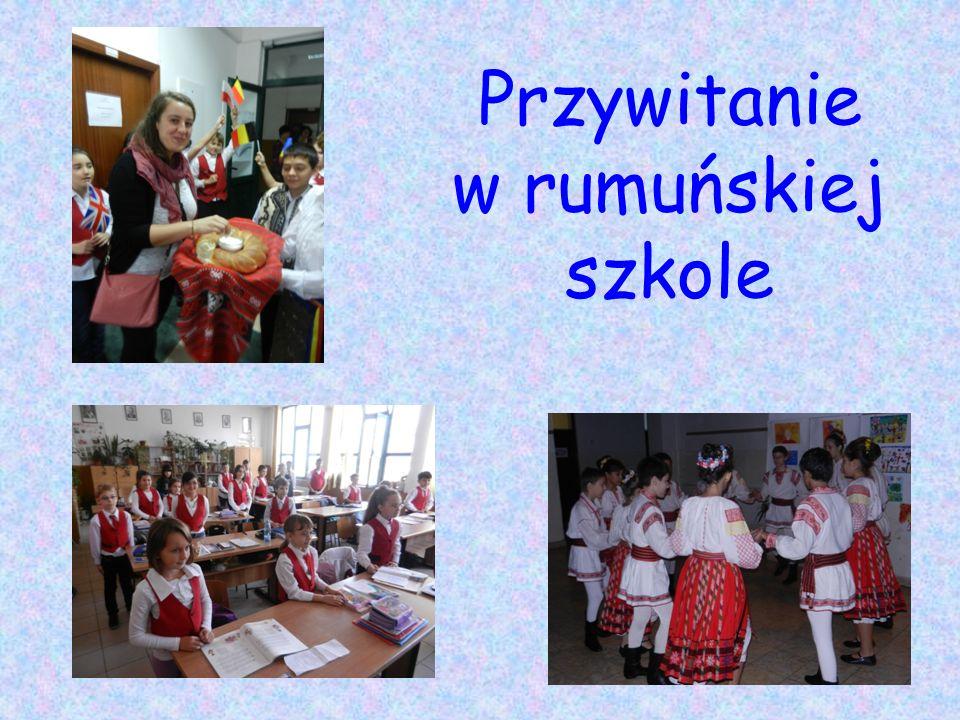 Przywitanie w rumuńskiej szkole