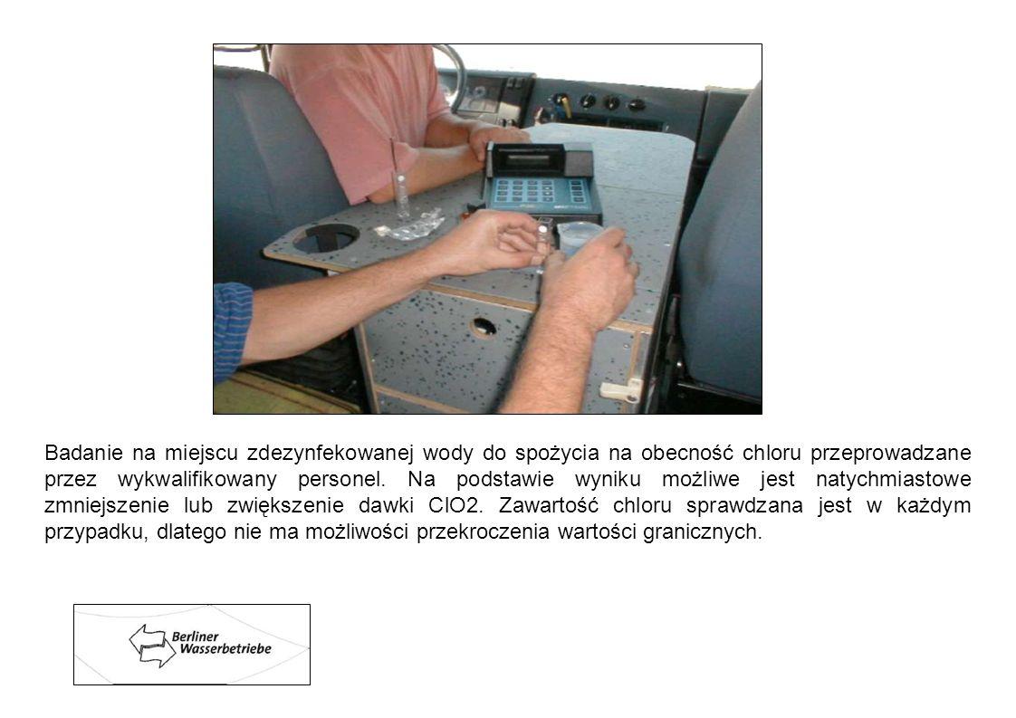 Badanie na miejscu zdezynfekowanej wody do spożycia na obecność chloru przeprowadzane przez wykwalifikowany personel. Na podstawie wyniku możliwe jest