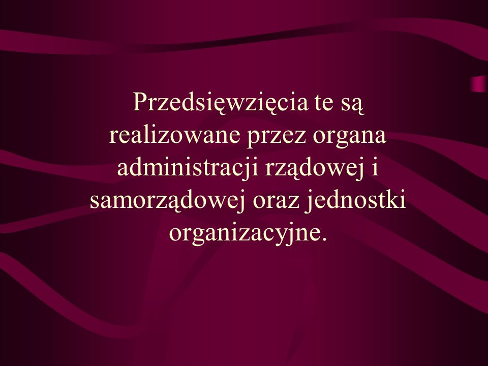 Wg. obowiązujących w Polsce unormowań prawnych, obrona cywilna jest elementem systemu obronnego kraju i stanowi kompleks przedsięwzięć: o charakterze
