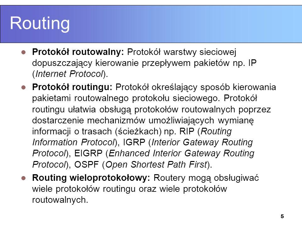 36 Wektor odległości (distance vector) Routery wysyłają własne tablice routingu do sąsiadów, a ci na podstawie otrzymanych informacji dokonują aktualizacji swoich tablic routingu.