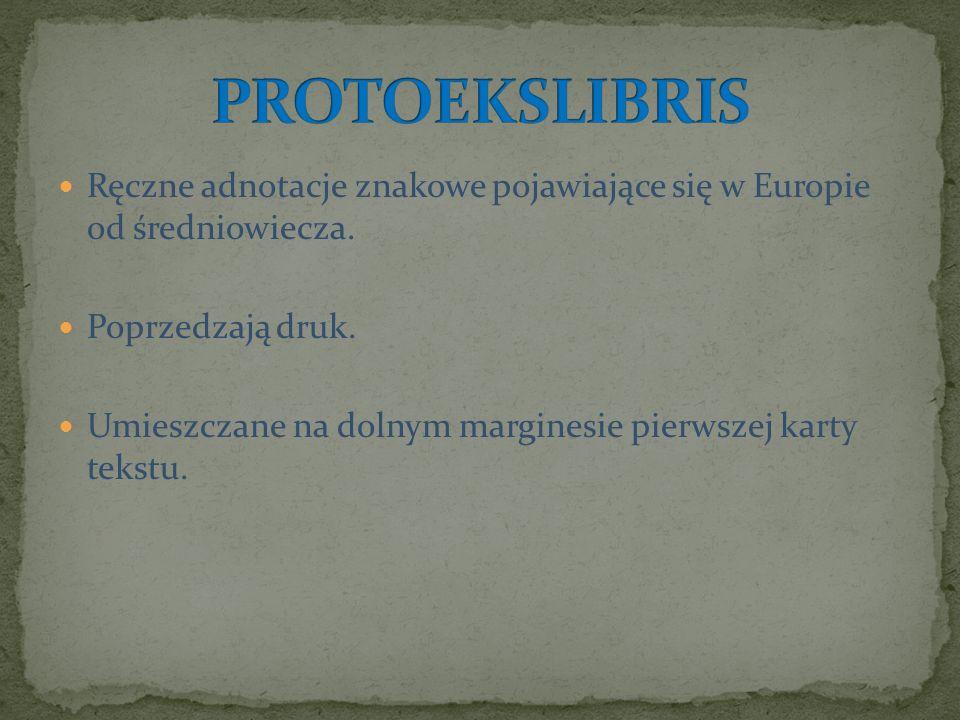 Ręczne adnotacje znakowe pojawiające się w Europie od średniowiecza. Poprzedzają druk. Umieszczane na dolnym marginesie pierwszej karty tekstu.