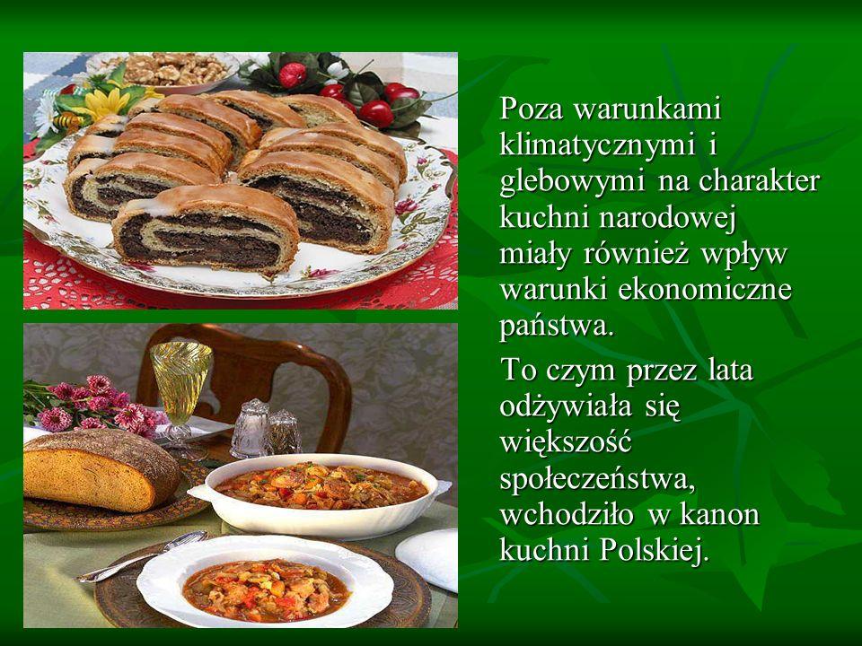 Kilka słów o historii polskiej kuchni W średniowiecznej kuchni dominowały : W średniowiecznej kuchni dominowały : - mięso - mięso - kasza - kasza - groch - groch - duża ilość przypraw - duża ilość przypraw Najpopularniejszym trunkiem było piwo Najpopularniejszym trunkiem było piwo