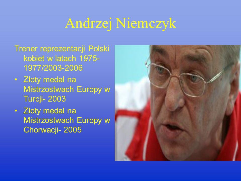 RAUL LOZANO Trener Reprezentacji Polski mężczyzn od roku 2005 IV m-ce w Lidze Światowej – 2005 V m-ce w Mistrzostwach Europy – 2005 II m-ce na Mistrzo