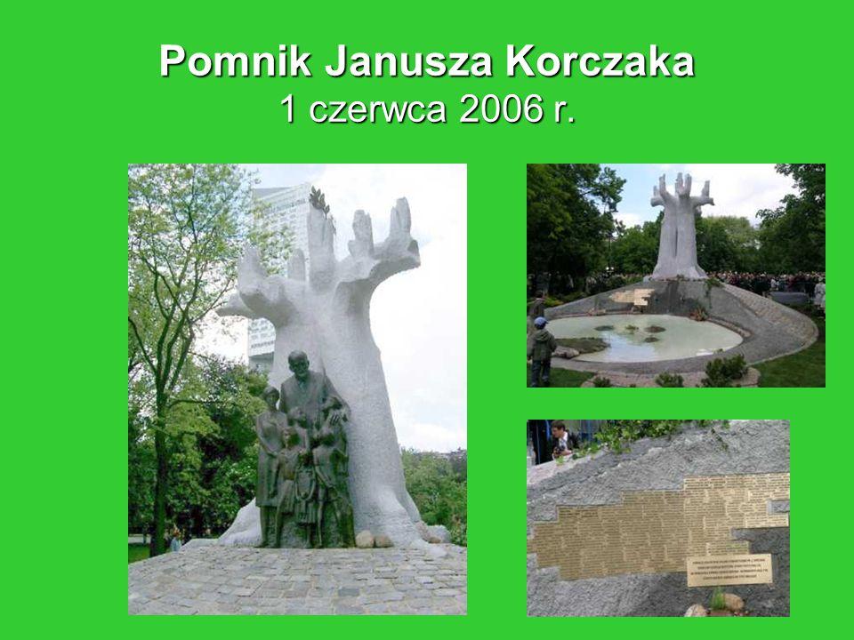 Pomnik Janusza Korczaka 1 czerwca 2006 r.