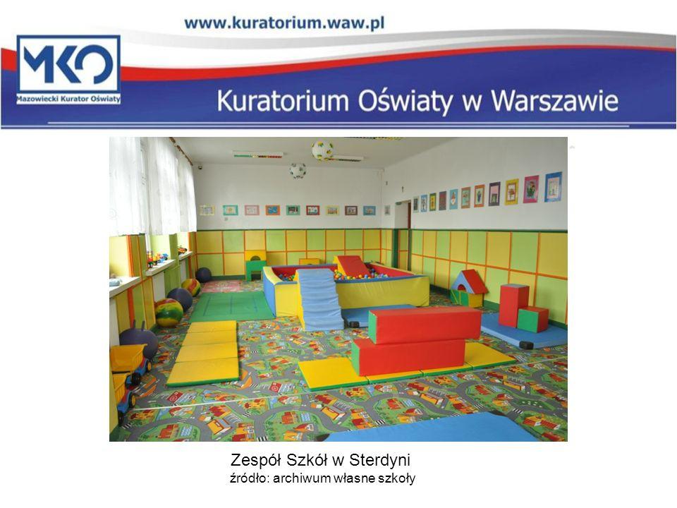 Zespół Szkół w Sterdyn i źródło: archiwum własne szkoły