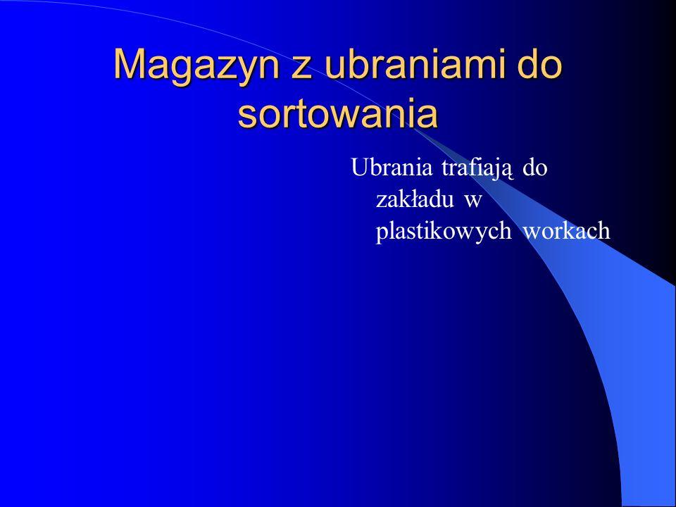 Samochody firmowe przywożą do Skarżyska ok. 100 ton odzieży dzienne