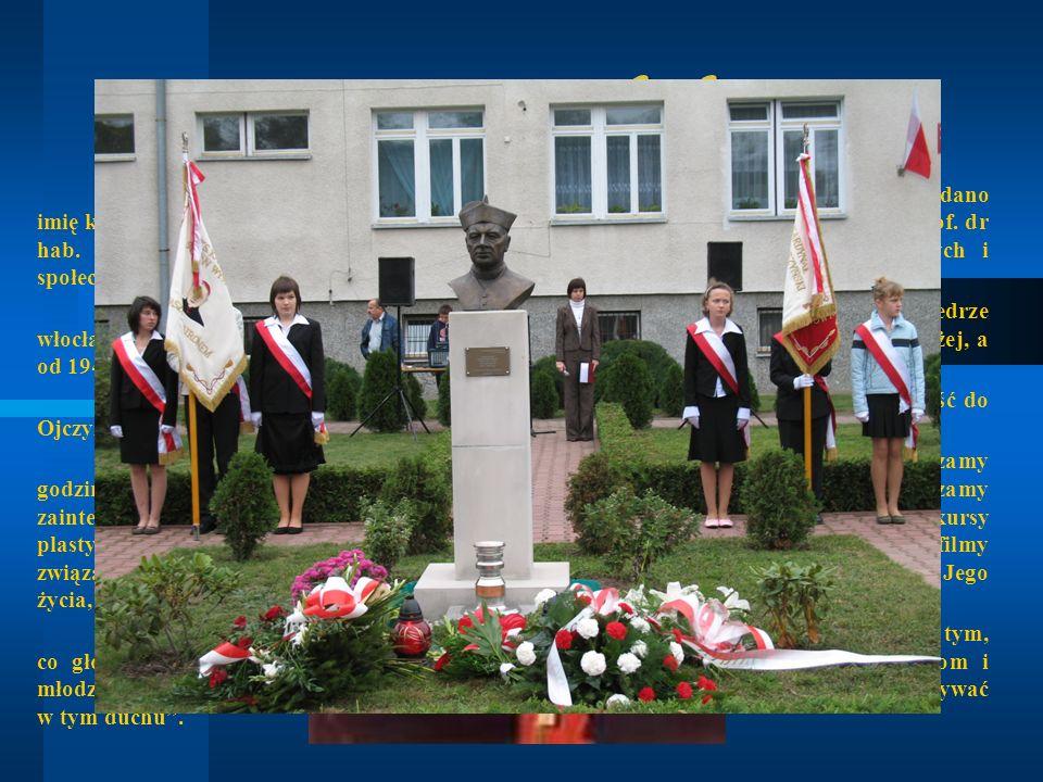 Patron Szkoły 14 października 2001 roku, Publicznemu Gimnazjum w Nowym Duninowie nadano imię księdza Kardynała Stefana Wyszyńskiego. Uroczystość popro