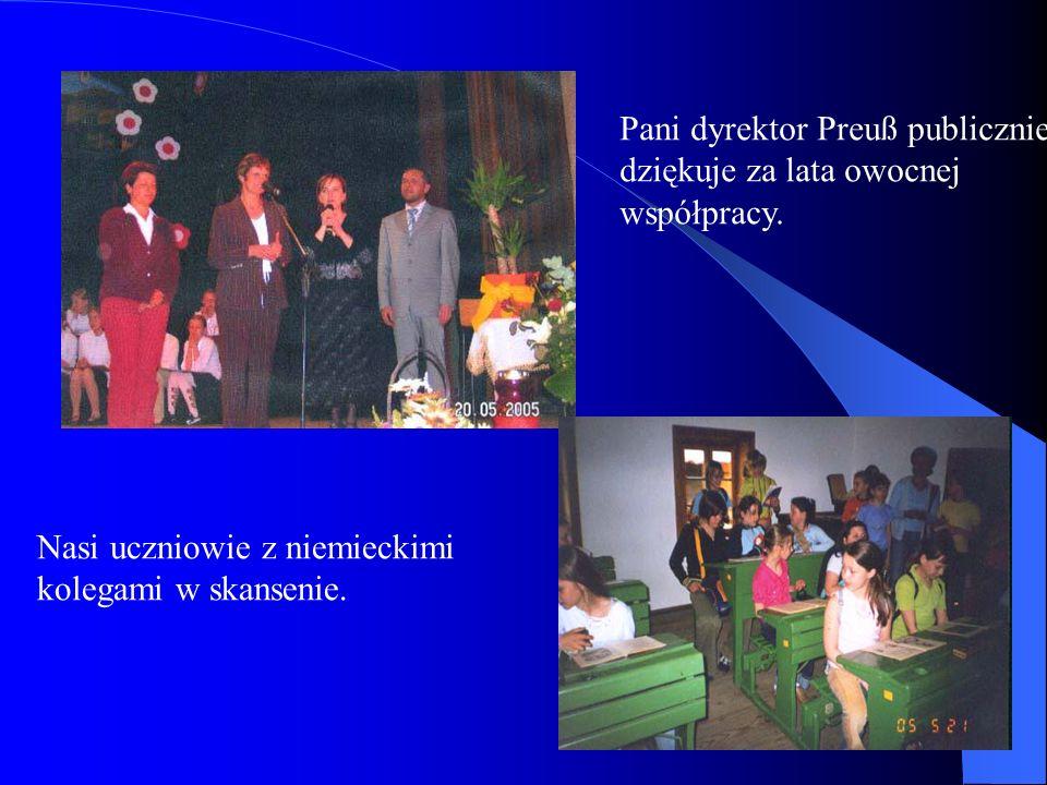 Pani dyrektor Preuß publicznie dziękuje za lata owocnej współpracy.