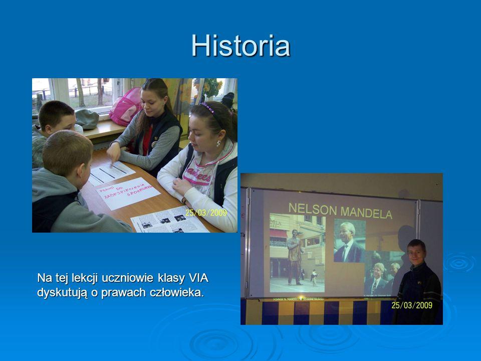 Historia Na tej lekcji uczniowie klasy VIA dyskutują o prawach człowieka.