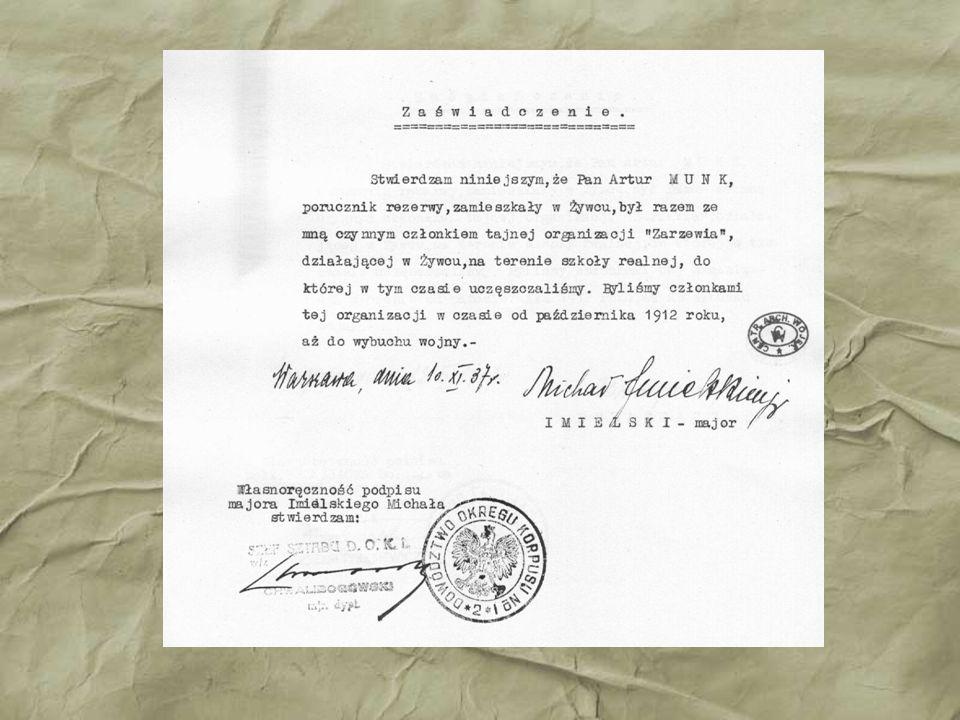 17 wrze ś nia 1939 roku Artur Munk zosta ł aresztowany wraz z innymi oficerami podzieli ł los tysi ę cy przedstawicieli polskiej inteligencji.
