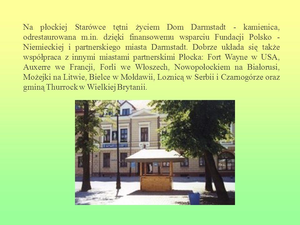 Na płockiej Starówce tętni życiem Dom Darmstadt - kamienica, odrestaurowana m.in. dzięki finansowemu wsparciu Fundacji Polsko - Niemieckiej i partners