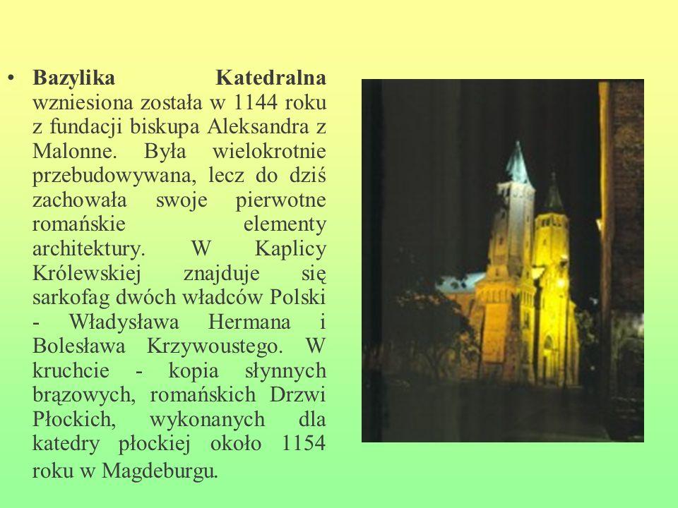 Bazylika Katedralna wzniesiona została w 1144 roku z fundacji biskupa Aleksandra z Malonne. Była wielokrotnie przebudowywana, lecz do dziś zachowała s