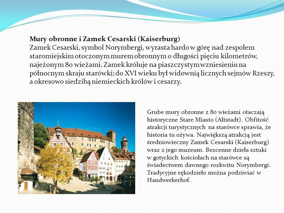 Grube mury obronne z 80 wieżami otaczają historyczne Stare Miasto (Altstadt). Obfitość atrakcji turystycznych na starówce sprawia, że historia tu ożyw