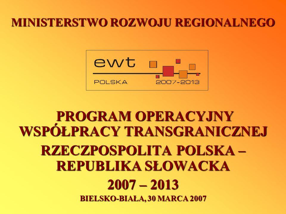 Przygotowanie Programu Przygotowywanie Programu rozpoczęto w styczniu 2006 roku poprzez utworzenie Grupy Roboczej w udziałem reprezentantów: Regionów: Urzędów Marszałkowskich województw: podkarpackiego, małopolskiego i śląskiego (Polska) Wyższych Jednostek Terytorialnych krajów: Žilinskiego i Prešovskiego (Słowacja) Euroregionów: Beskidy, Tatry i Karpacki (Polska) oraz: Wspólnego Sekretariatu Technicznego Programu IW INTERREG III A PL-SK Ministerstwa Rozwoju Regionalnego (Polska, IZ) Ministerstwa Budownictwa i Rozwoju Regionalnego (Słowacja, IK); Ponad 15 spotkań Grupy Roboczej w przeciągu ostatnich 13 miesięcy przyczyniło się do przygotowania projektu Programu Operacyjnego.